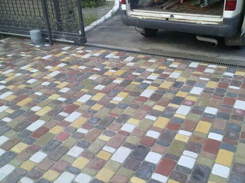 Укладка тротуарной плитки своими руками: сделаем правильно